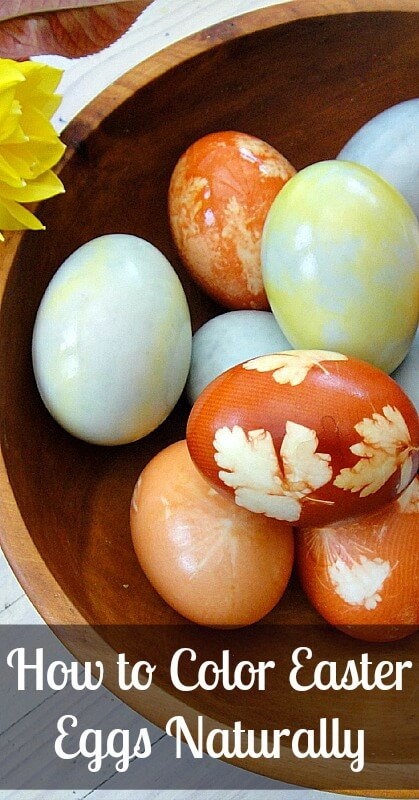 How to Color Easter Eggs Naturally - Learn how to use ingredients from your pantry to create beautifully colored Easter eggs!